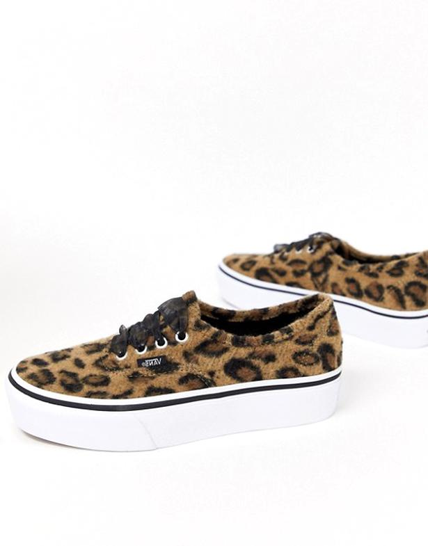 vans leopard gebraucht kaufen 3 st bis 70 g nstiger. Black Bedroom Furniture Sets. Home Design Ideas