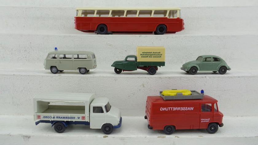 Fertigmodell Wiking 1:87 Kuhn RW 1800 Modellauto