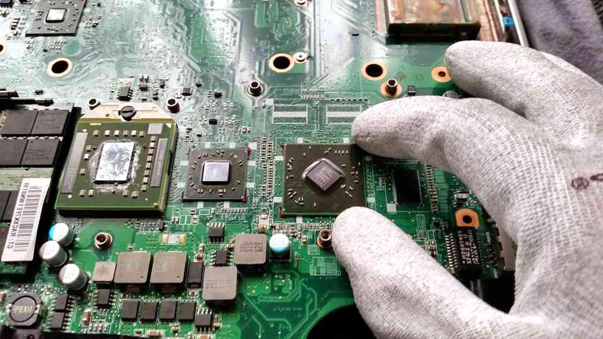 Amilo PA2548 Notebook Laptop Grafikchip Grafikkarte Mainboard Reparatur