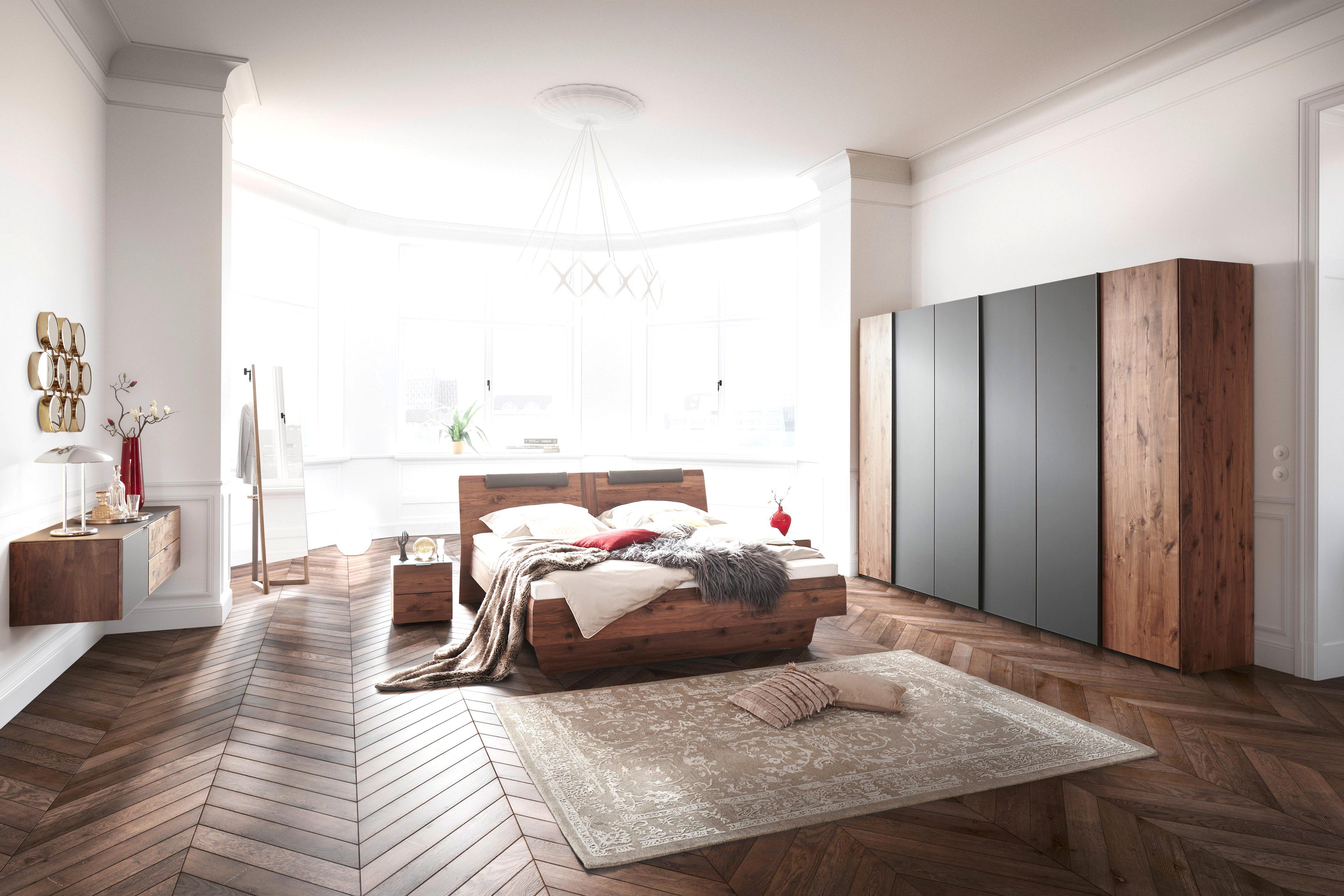 Schlafzimmer Nussbaum gebraucht kaufen Nur 2 St. bis  70 günstiger