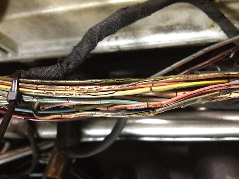 Mercedes W201 190e W107 W116 W123 W124 W126 R129 Kabelbaum Lautsprecher vorn