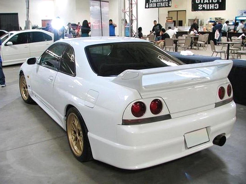 Nissan Skyline R33 Nismo 400R Silber Nr 670 1//18 Otto Modell Auto mit oder ohn..