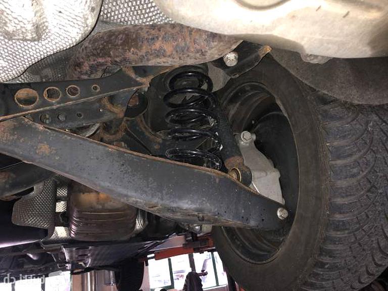 2 Spidan Federn hinten VW Passat Tiguan