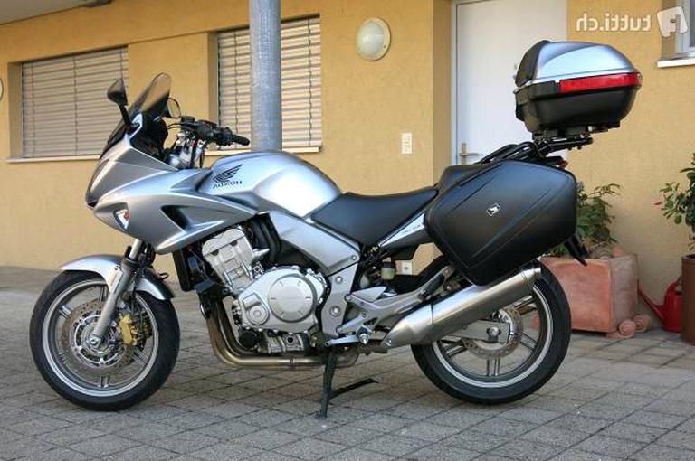 schwarz Shad SHH0C111CH Beheizbarer Motorrad-Sitz f/ür F//B CBF 600//1000
