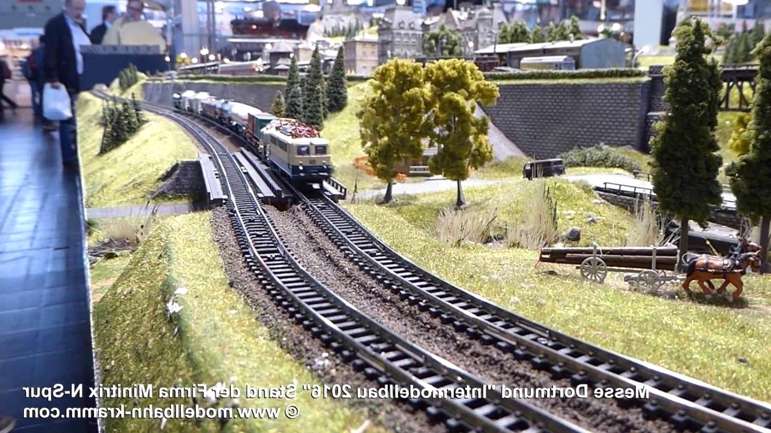 Modelleisenbahn Minitrix gebraucht kaufen! 2 St. bis -65% ...